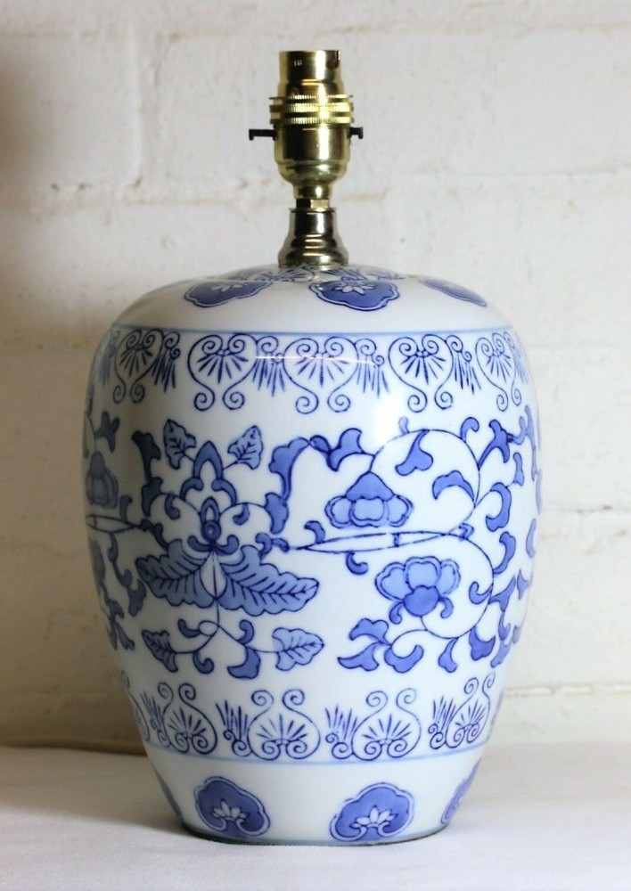 Oriental Table Lamps – Buying a Vintage Ceramic Lamp