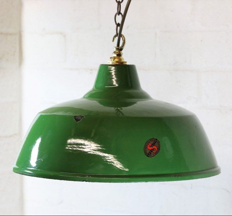 Vintage Industrial Lighting – A guide to Industrial Style Lighting
