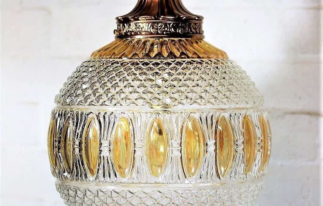 Buying Vintage and Antique Glass Ceiling Light Shades