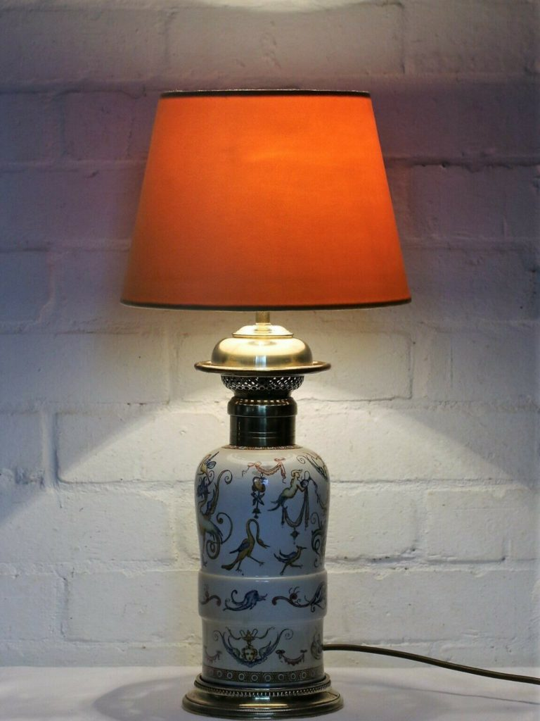 Refurbishing a Converted Antique Oil Lamp. A guide to Electric Oil Lamp Style table lamps.