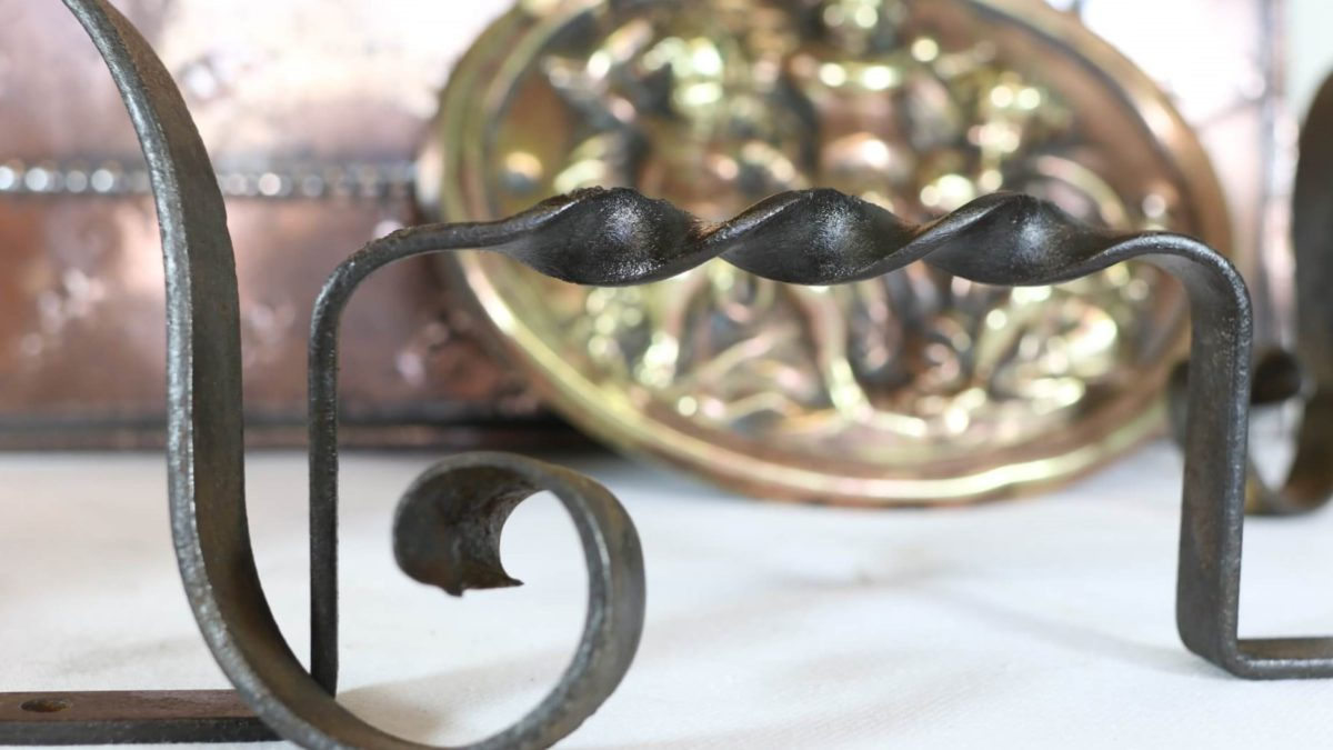 Restoring Antique Iron Work. The story of an unloved Victorian Fire Guard.