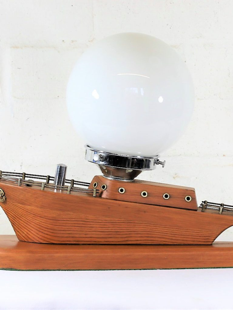 Restoring a Vintage Art Deco Table Lamp. Refloating a Nautical Table Lamp.