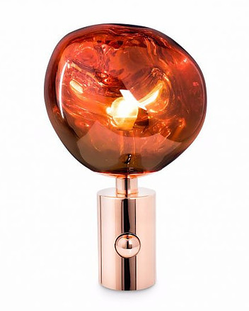 Buying a Tom Dixon Lamp.